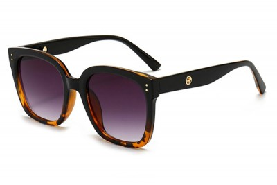 Women's Black & Tort Brown Two-Tone Oversize Square Sunglasses With Gradient Lens