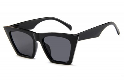 Women's Pointed Square Cat Eye Sunglasses In Black With Flat Top