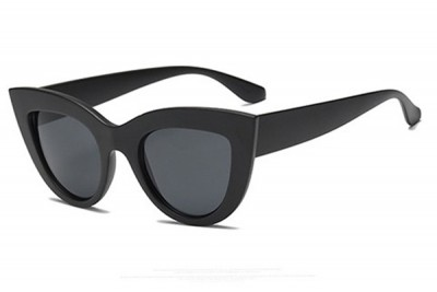 Women's Rounded Retro Cat Eye Sunglasses in Black