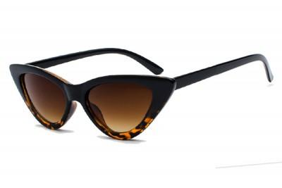 Women's Slim Pointy Cat Eye Sunglasses in Black & Tortoise Brown With Gradient Lens